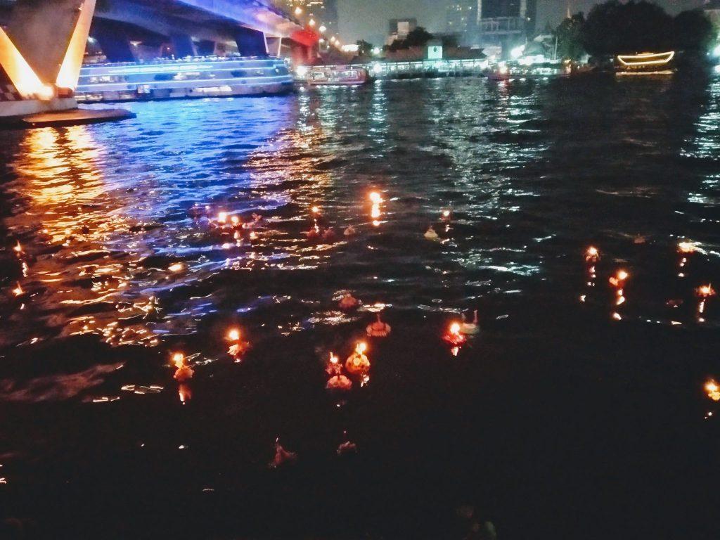 Loy Krathong 2018: Floating boats in Bangkok 3