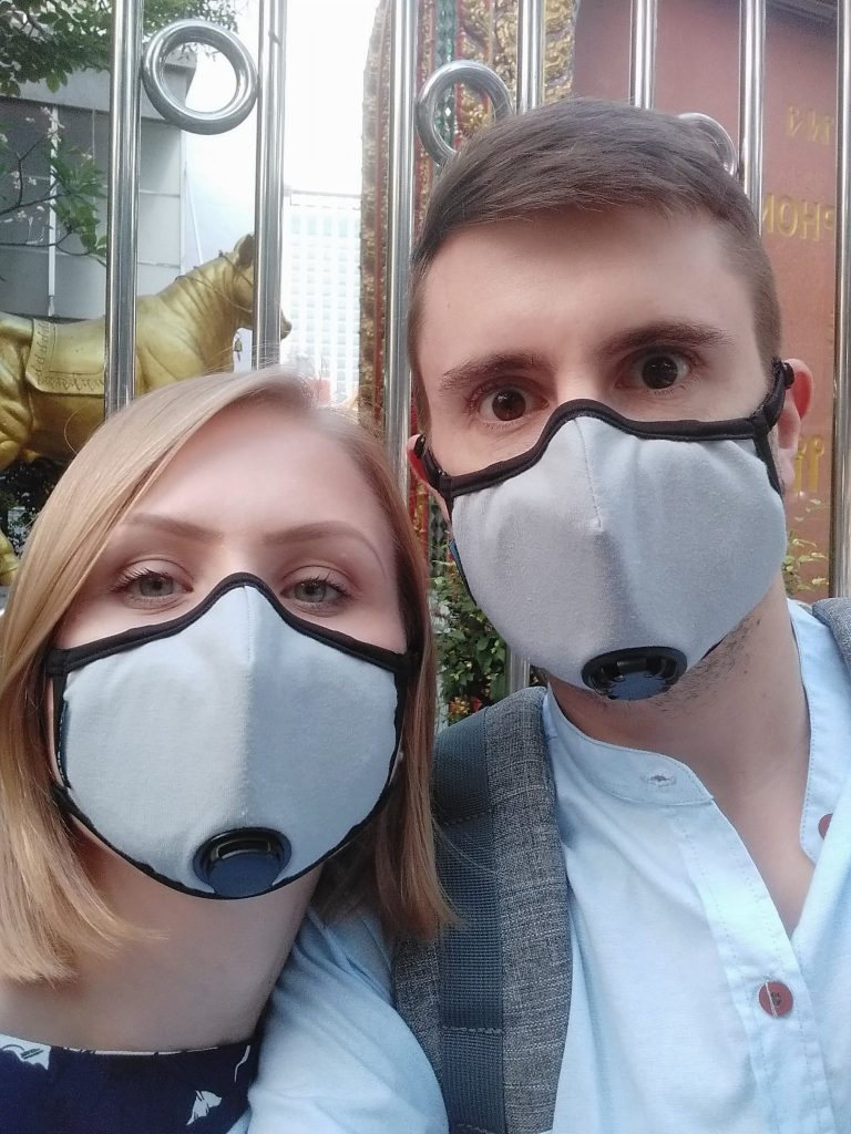 People wearing pollution masks in Bangkok