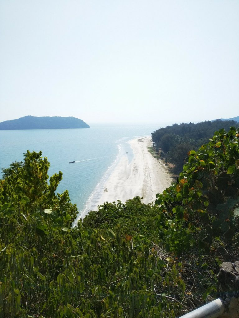 laem sala beach hua hin from trail