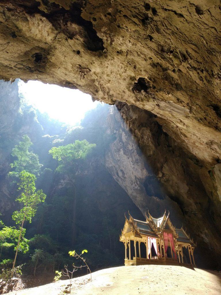 cave temple hua hin