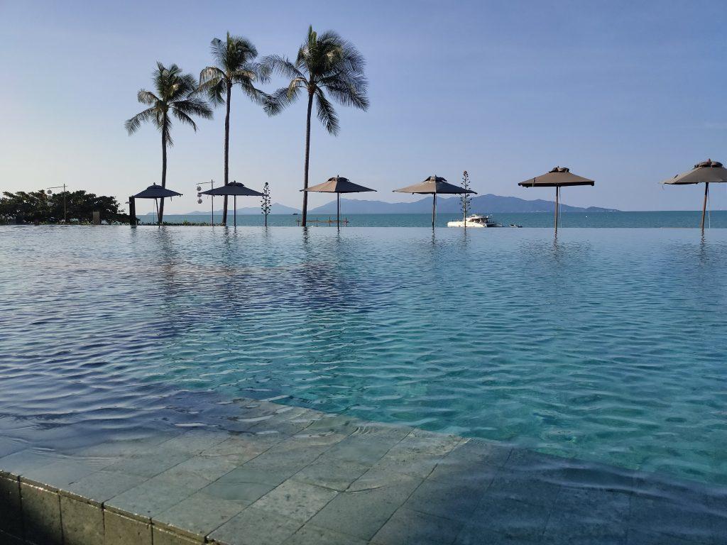 Hansar Samui Bophut Beach swimming pool