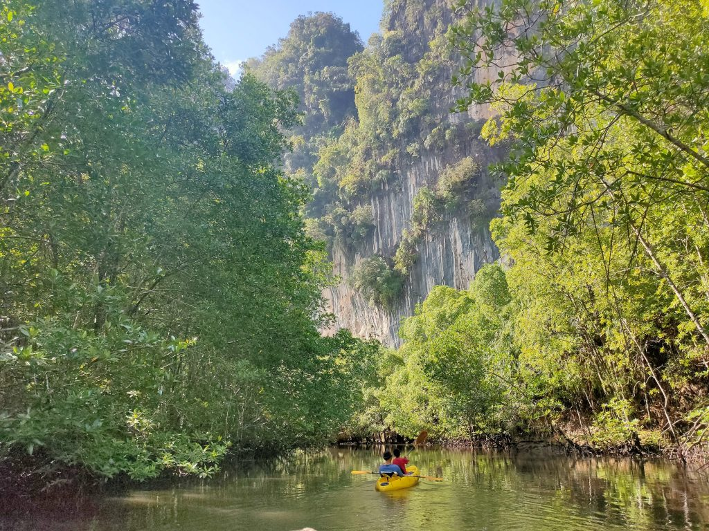 Kayaking in Krabi: not the usual day trip 4