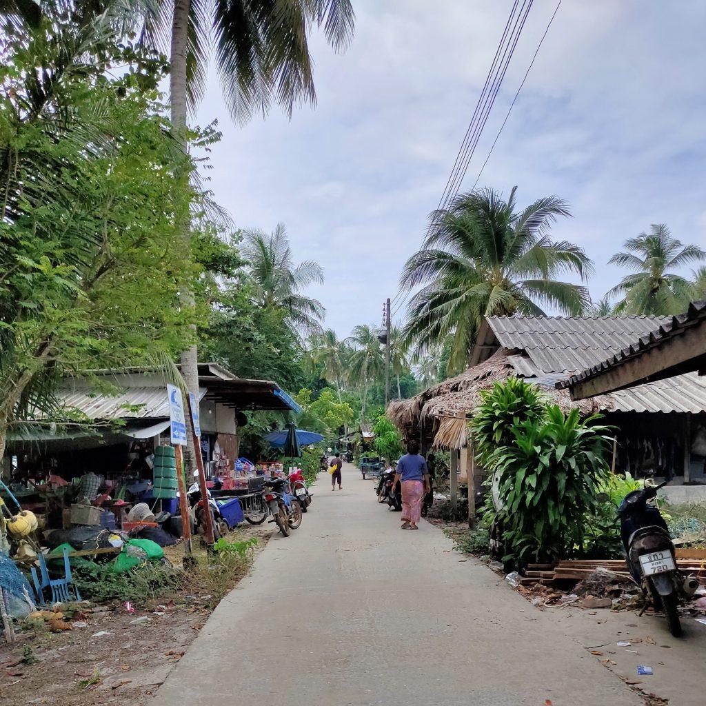 koh mook village